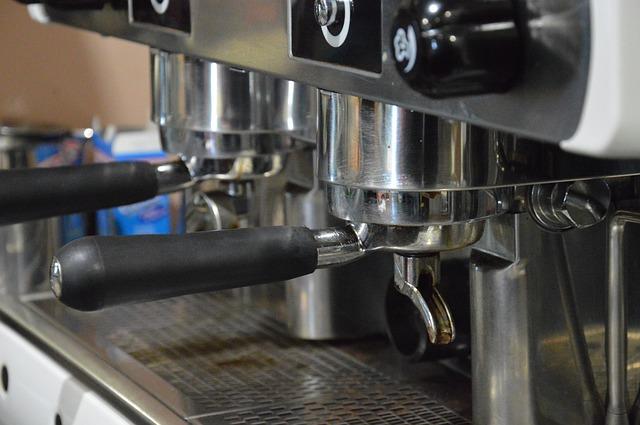 Dźwigniowe ekspresy do kawy