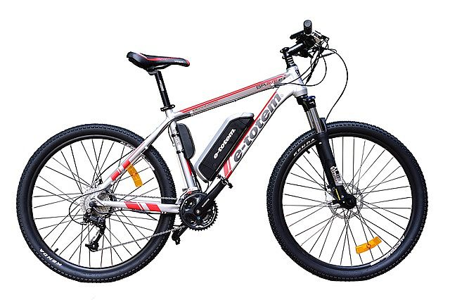 Standardowy górski e-rower z baterią na ramie