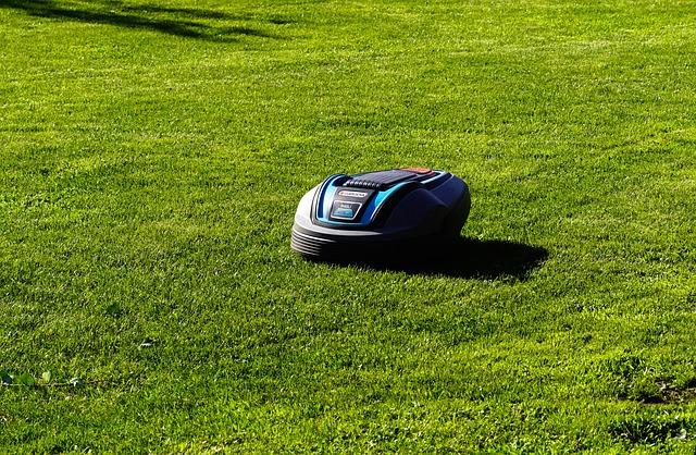Roboty do koszenia trawy